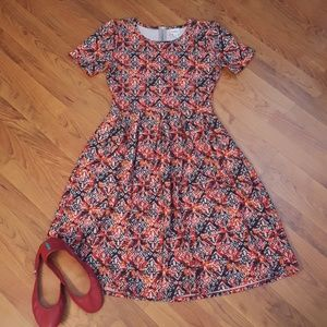 EUC Lularoe Amelia dress with pockets